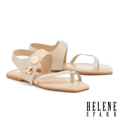涼鞋 HELENE SPARK 時尚質感金屬釦寬帶平底涼鞋-米