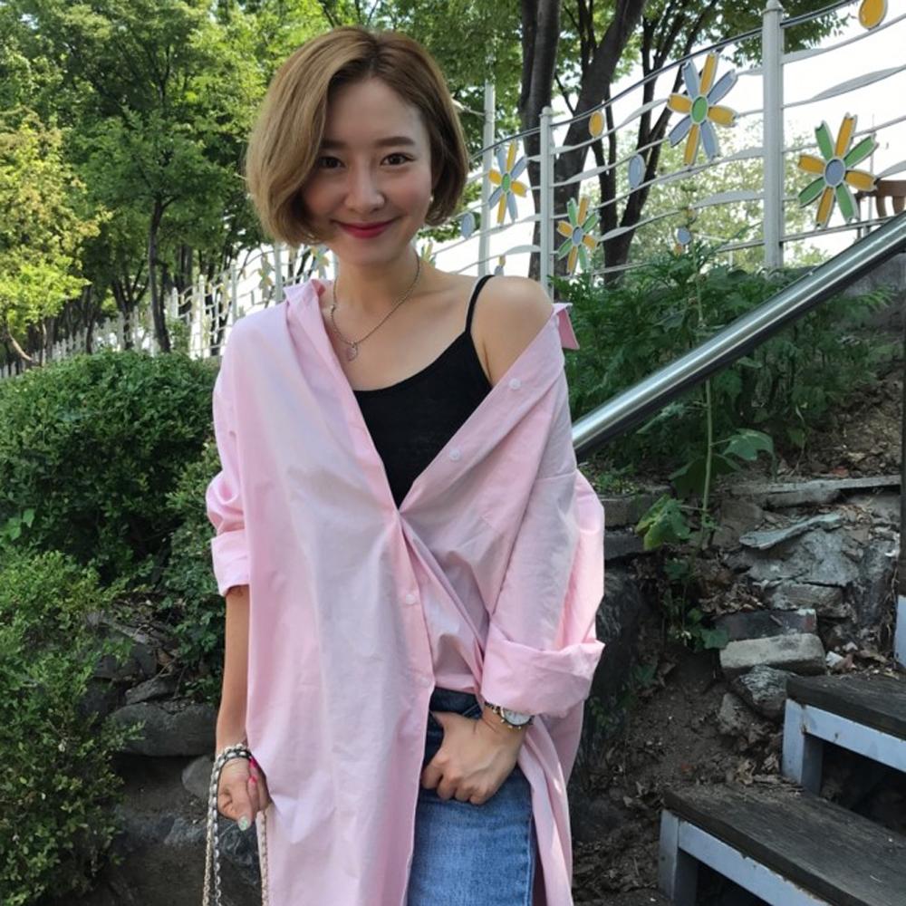 MOCO個性寬鬆粉色襯衫式超長版側口袋開釦連身洋裝