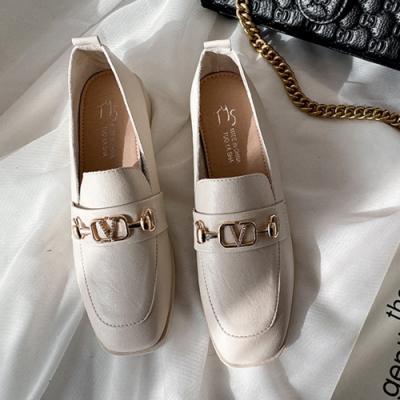 KEITH-WILL時尚鞋館 時尚元素歐美風金屬樂福鞋-米白