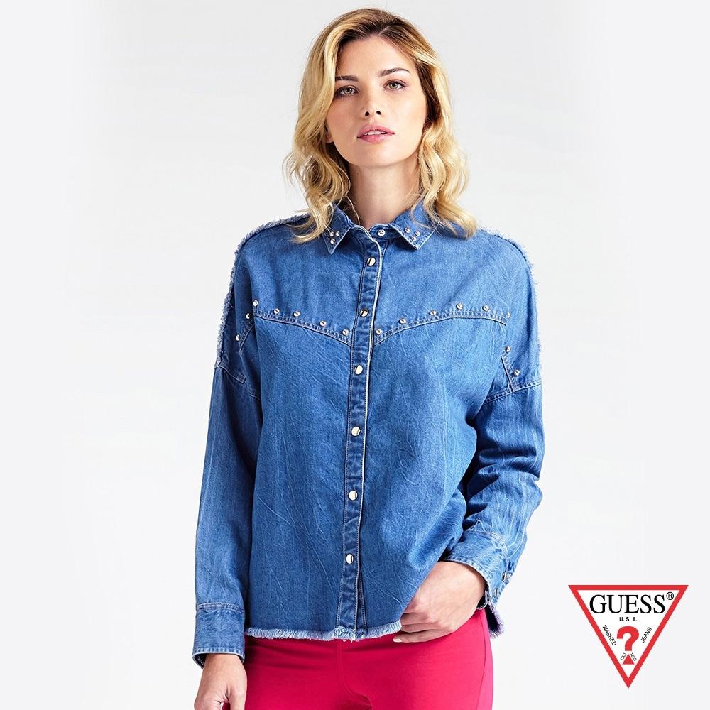 GUESS-女裝-復古風抽鬚單寧襯衫-藍 原價2490
