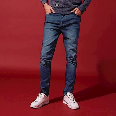 GIORDANO 男裝902 360度彈力修身牛仔褲-86 中藍