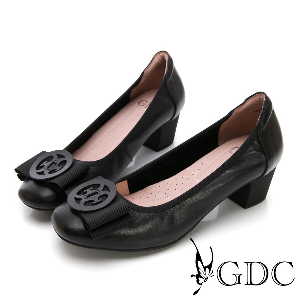 GDC-真皮典雅氣質金屬蝴蝶結上班中跟鞋-黑色