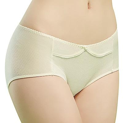 思薇爾 豬寶貝自由風系列M-XL素面中低腰平口內褲(香草奶)