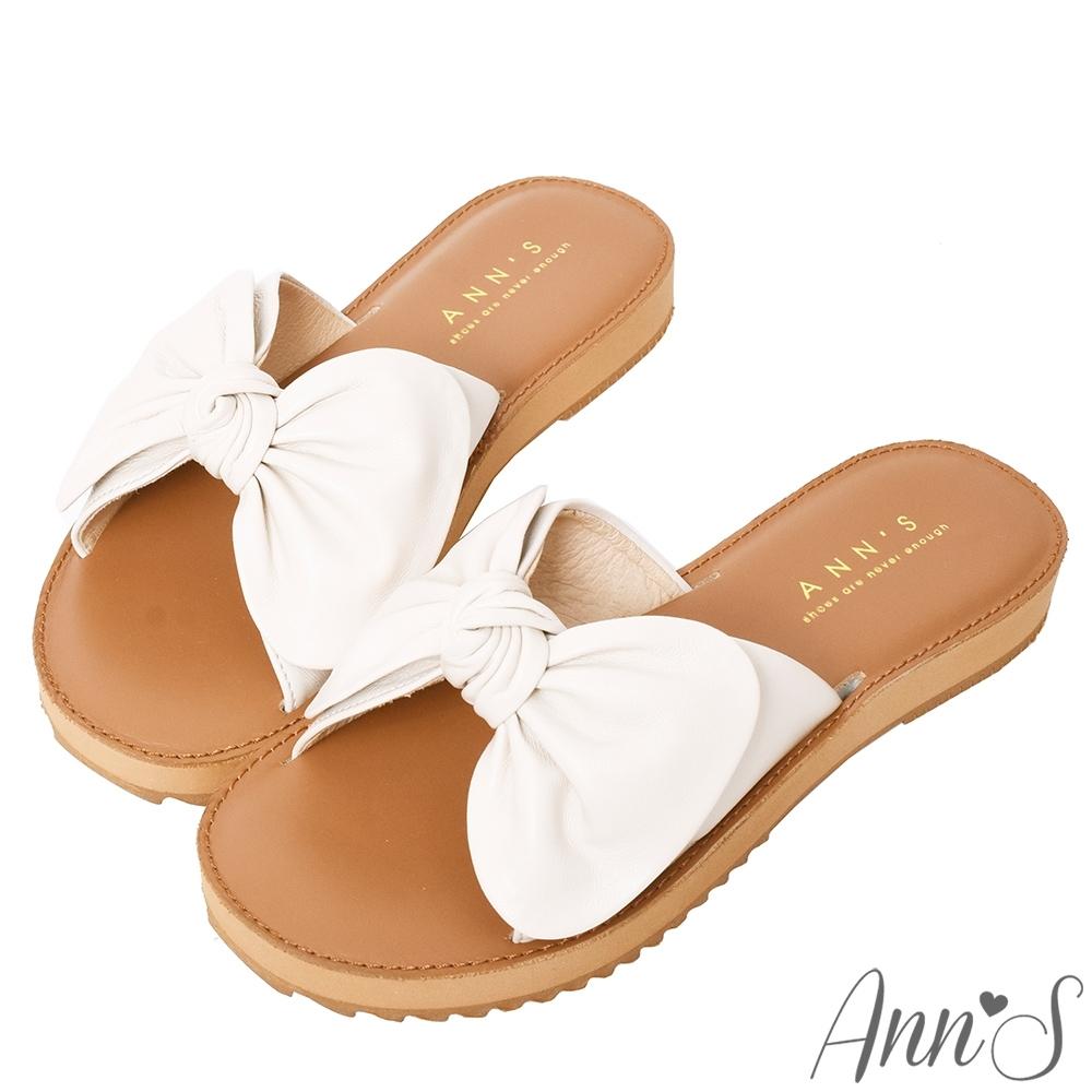 Ann'S全糖風格-柔軟綿羊皮大蝴蝶結平底涼拖鞋-米白(版型偏小)