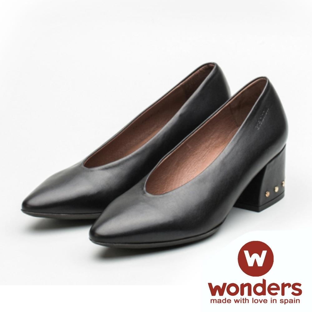 WONDERS-低跟尖頭素面包鞋 黑