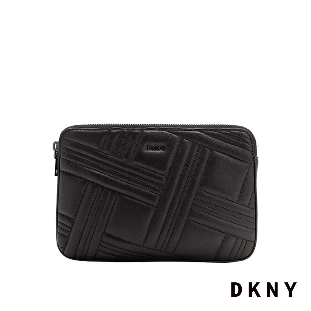 DKNY 壓紋鍊條拉鍊斜背包 黑