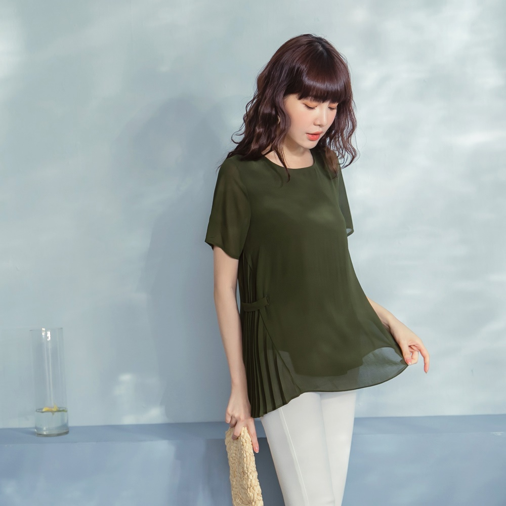 純色質感雪紡壓褶不對稱造型短袖上衣-OB嚴選