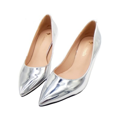 Cinderella Fashions 簡約金屬光素面中跟鞋 - 銀色
