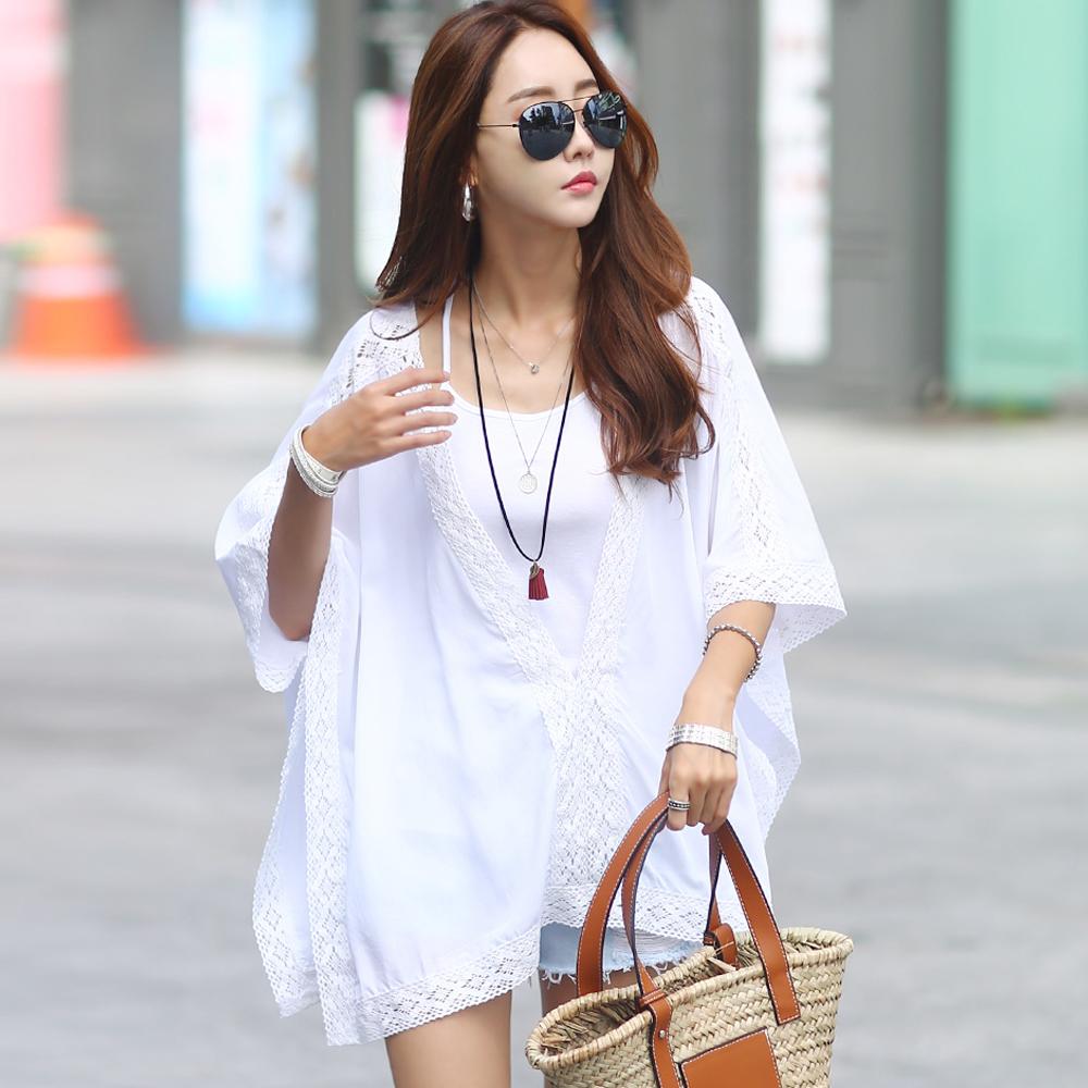 正韓 寬鬆V領蕾絲斗篷飛鼠袖上衣 (白色)-N.C21