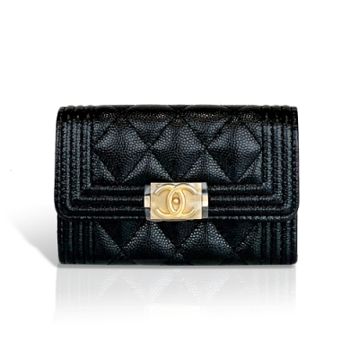 Chanel Boy系列菱格荔枝紋小牛皮復古金釦卡夾/零錢包(黑)