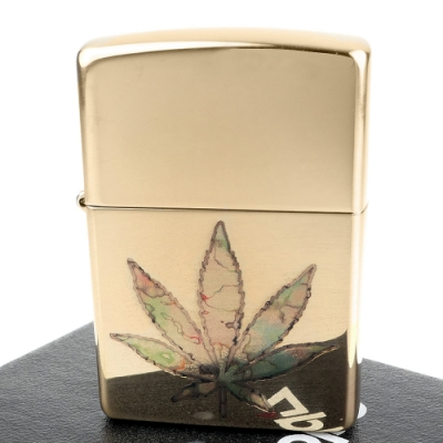 ZIPPO 美系~Pot Leaf Fusion-大麻葉圖案打火機