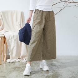 慢 生活 口袋排釦設計圓點寬褲- 卡其