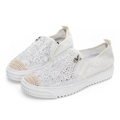 PLAYBOY 時髦風尚水鑽蕾絲休閒鞋-白-Y5750