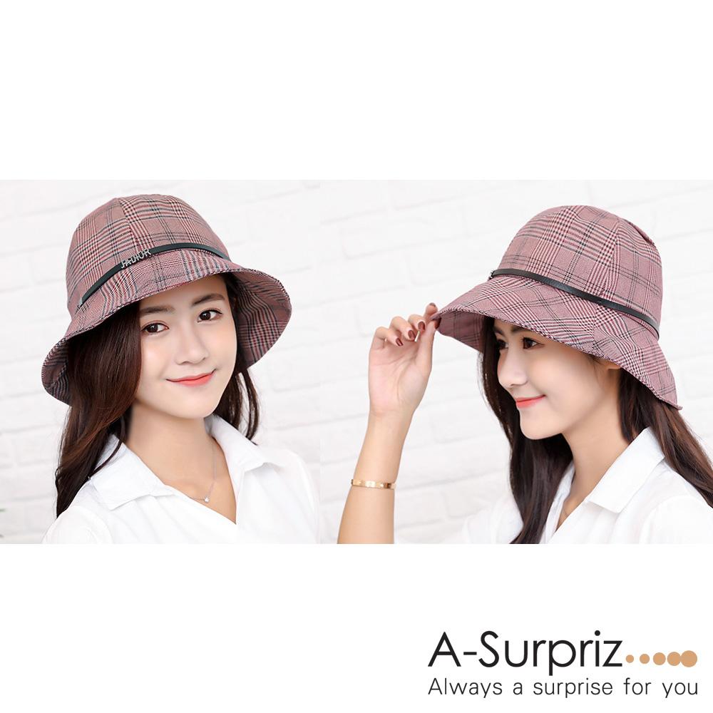 A-Surpriz 細格紋皮繩鍊條漁夫帽(磚紅)