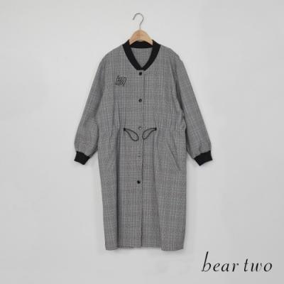 beartwo - 腰部抽繩格紋長版外套 - 淺灰