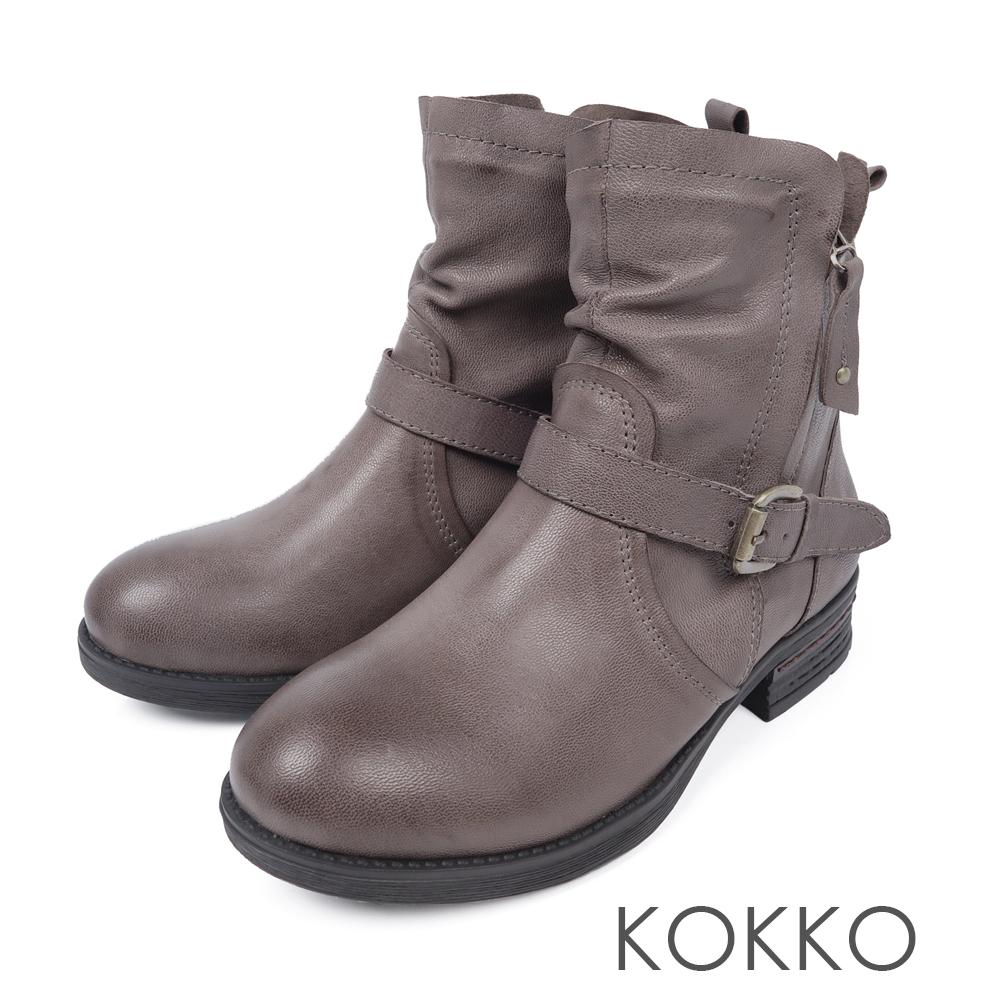 KOKKO布拉格廣場率性中筒短靴鴿子灰