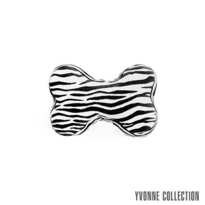 Yvonne Collection 斑馬紋車用骨頭頸部抱枕-黑