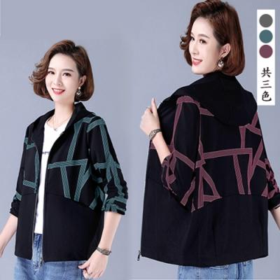 【韓國K.W.】(預購)線條話題時尚外套