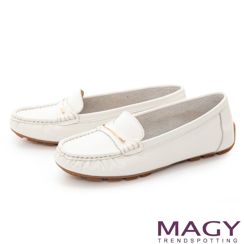 MAGY 氣質金屬飾條真皮 女 平底鞋 白色