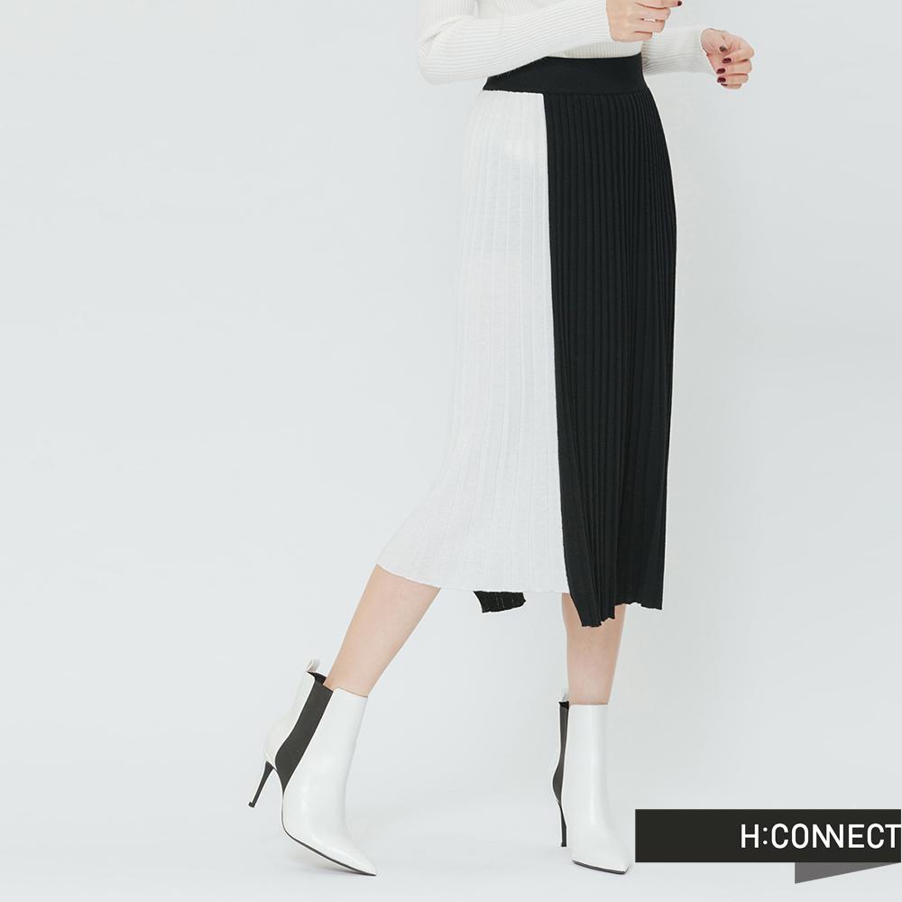H:CONNECT 韓國品牌 女裝-撞色百摺長裙-黑 - 動態show