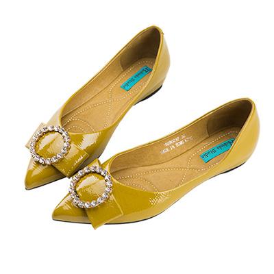 Robinlo 華麗蝴蝶鑲鑽飾扣軟皮尖頭平底鞋 綠