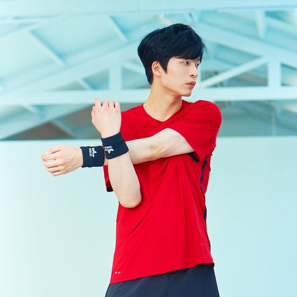 韓國 salua DryCool高彈力運動護腕 吸濕排汗 五色可選
