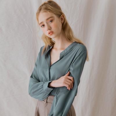 AIR SPACE LADY 知性隱藏釦開襟長袖襯衫(藍灰)