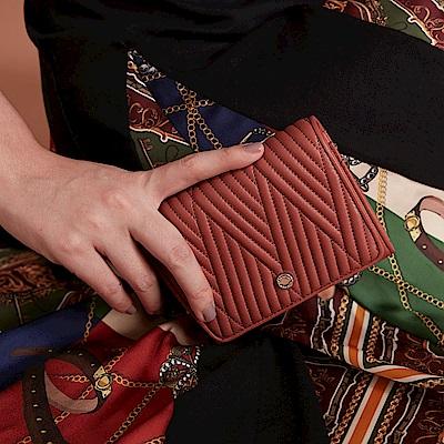Maria Carla手拿皮夾-羊皮V線條扣式中夾_完美格調、迷漾輕時尚系列(鮭魚粉)