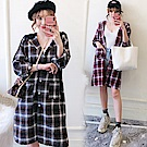 中大尺碼雙色格紋抽繩黑連帽長版排釦襯衫外套XL~4L-Ballet Dolly