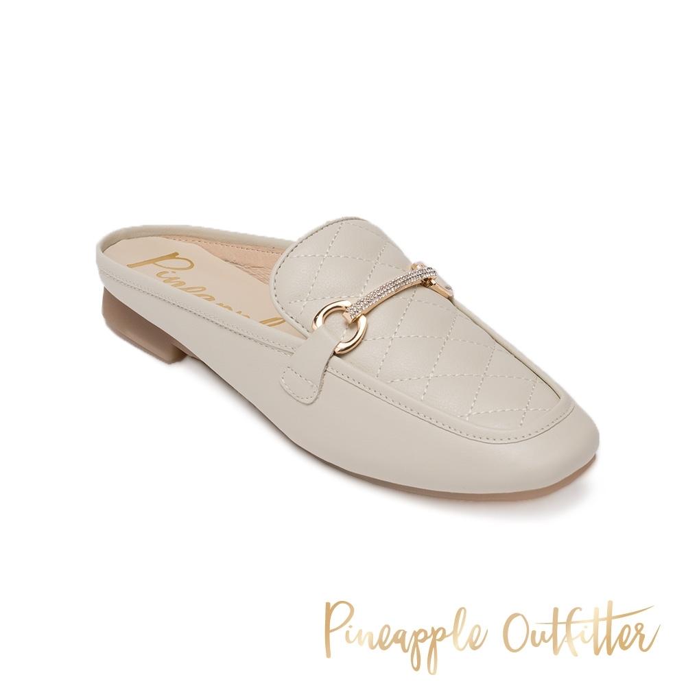 Pineapple Outfitter-HIEN 金屬鑽真皮菱格紋懶人拖鞋-米杏色