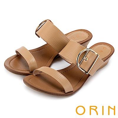 ORIN 簡約時尚潮流 壓紋牛皮楔型低跟涼拖鞋-棕色
