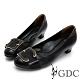 GDC-真皮馬毛歐美知性設計感釦飾低跟鞋-黑色 product thumbnail 1