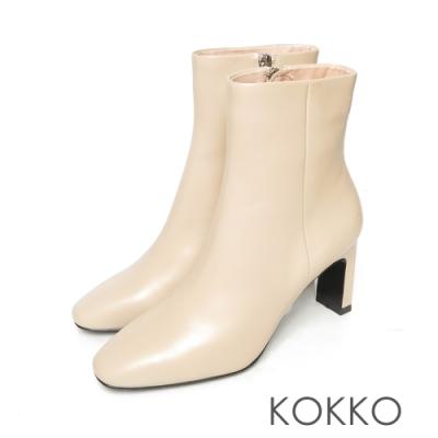 KOKKO完美顯瘦方頭小牛皮扁跟短靴奶茶色