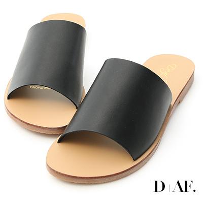 D+AF 簡約穿搭.寬版一字平底涼拖鞋*黑