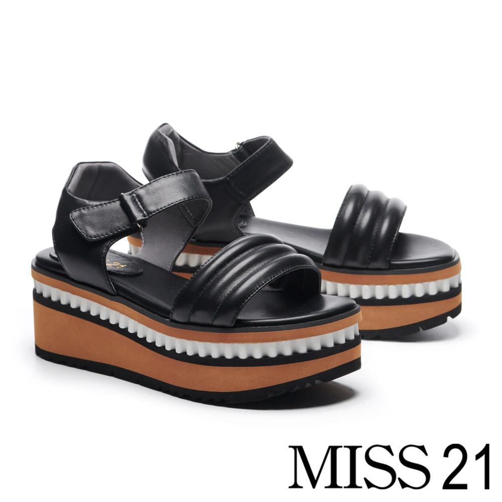 涼鞋 MISS 21 個性造型寬帶鋸齒邊設計一字帶羊皮厚底涼鞋-黑