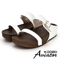 Aviator韓國空運-正韓製皮革雙帶扣環美體厚底涼鞋-白