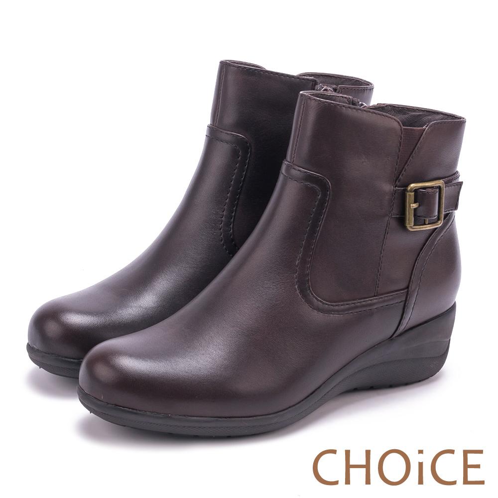 CHOiCE 個性復古 真皮皮帶釦環坡跟短靴-咖啡