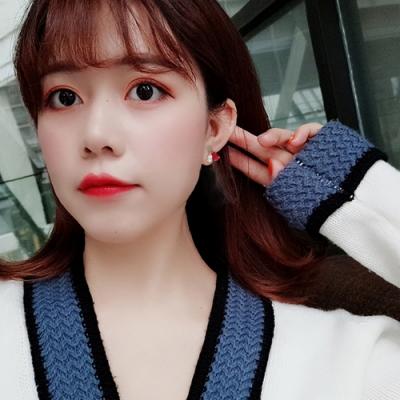 梨花HaNA 韓國925銀愛情的樣子撞色寶石愛心耳環
