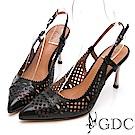 GDC-古典迷情雕花簍空後空尖頭精緻羊皮跟鞋-黑色