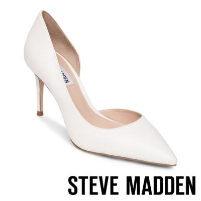 STEVE MADDEN-LESSONS1 素面尖頭側空高跟鞋-白色