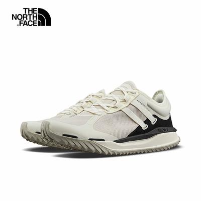 The North Face北面女款米白色防水透氣VECTIV中底抓地徒步鞋|52R5Q4C
