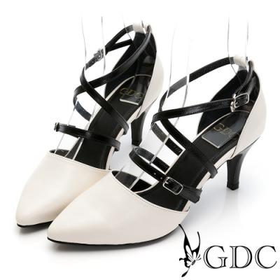 GDC-歐美魅惑真皮交叉羅馬素色百搭尖頭中跟涼鞋-米色