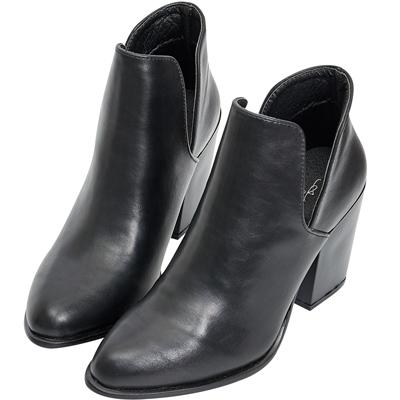 AIR SPACE 個性素面側挖空高跟踝靴(黑)