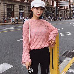 圓領鏤空葉子喇叭袖針織上衣 (共四色)-Kugi Girl
