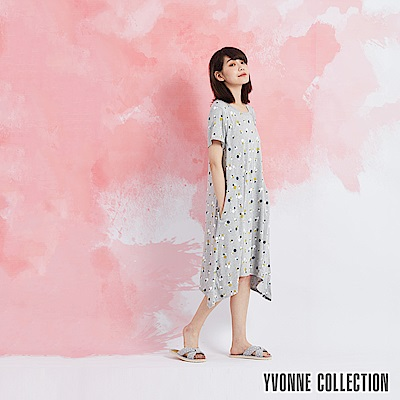 YVONNE 小花圓領短袖洋裝-淺灰