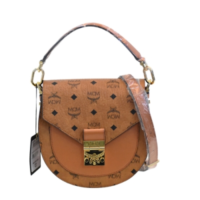 MCM 經典Patricia系列Visetos皮革品牌LOGO印花手提/斜背包(棕色)