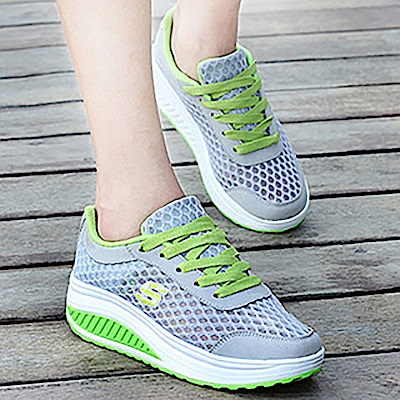 韓國KW美鞋館 耀眼配系字母網面輕量健走鞋-灰