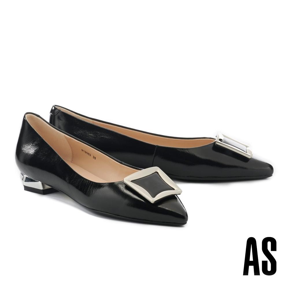低跟鞋 AS 都會時髦方型金屬釦全真皮尖頭低跟鞋-黑