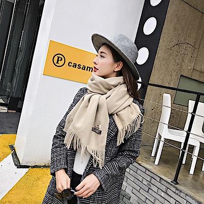 梨花HaNA 冬日極暖手感黃金絨SKY純色系列圍巾-米色