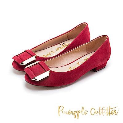Pineapple Outfitter 閃耀迷人 金屬方扣真皮低跟鞋-紅色